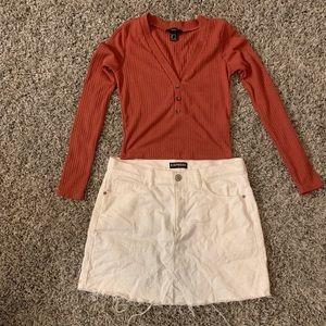 [Express] Distressed White Jean Skirt